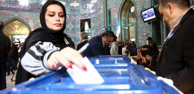 İran'da 152 sandalyenin 124'ünü muhafazakarlar aldı