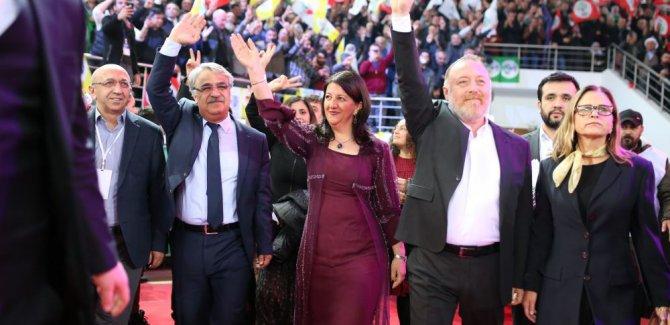 HDP'nin yeni eş başkanları seçildi