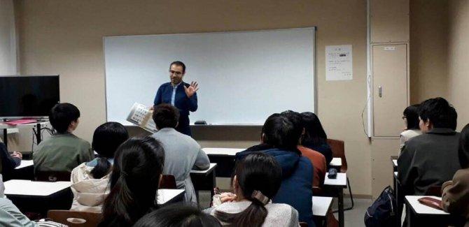 Li Japonê beşdarên kursa Kurdî bawername wergirtin