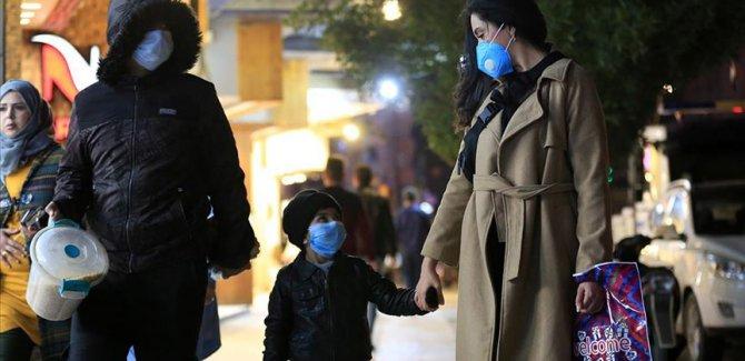 Tunus'ta yaklaşık bin kişi koronavirüs şüphesiyle karantina altında