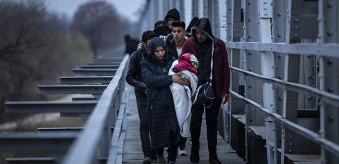 142 bin 175 sığınmacı Yunanistan'a geçti
