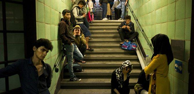Yunanistan, mültecilere mali yardımları kesiyor