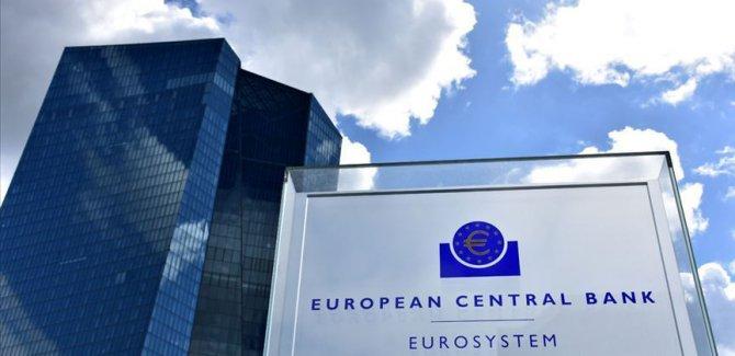 Koronavirüs Avrupa Merkez Bankası'na sıçradı