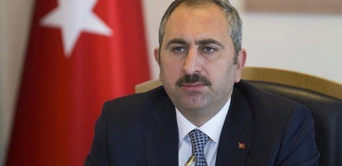 Adalet Bakanı Gül: Karantinaya uymamak suçtur