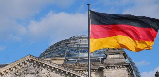 Almanya Türkiye'yle mülteci kabul programını askıya aldı
