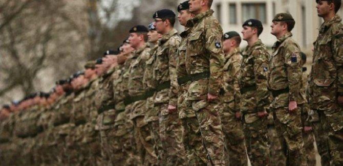 İngiltere'de ordu koronavirüs için göreve hazırlanıyor