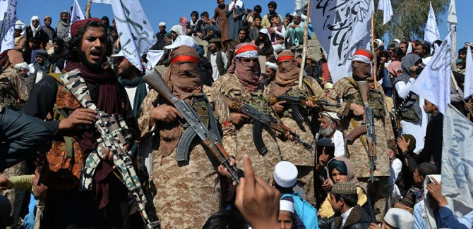 Karakola saldırı: 24'ten fazla güvenlik görevlisi öldü