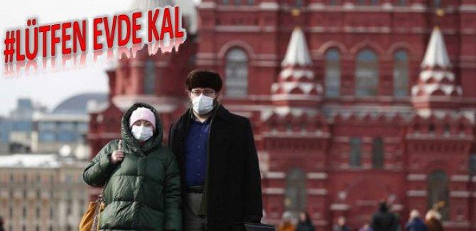Rusya Moskova'da sokağa çıkma yasağı ilan ediyor