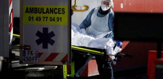 Fransa'da koronavirüsten ölenlerin sayısı 3 bini geçti