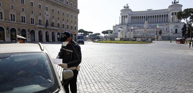 İtalya'da  can kaybı 15 bini aştı