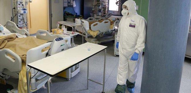 İtalya'da koronavirüsten ölenlerin sayısı 19 bin 468'e yükseldi