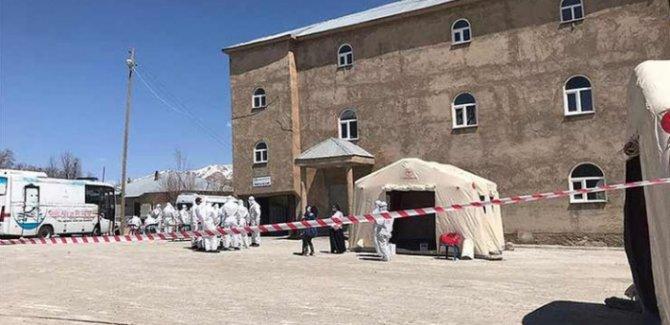 Van'da Koronavirüs taşıyan hastaları gizleyen muhtar hakkında soruşturma başlatıldı