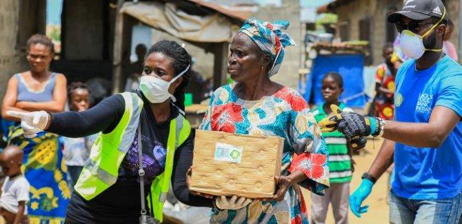 BM: Ekonomik paketlerin yüzde 1'i 700 milyon yoksula yeter