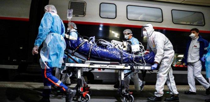 Dünya genelinde can kaybı 240 bini aştı