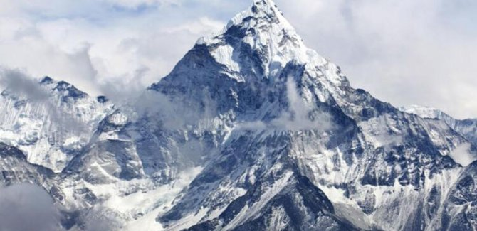 Çinliler Everest Dağı'nın yüksekliğini yeniden ölçecek