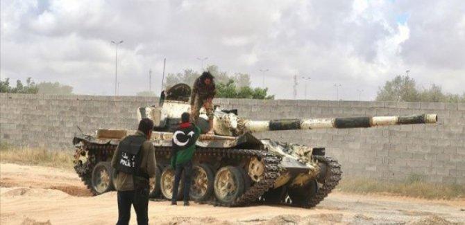 Hafter Milisleri Libya Ordusuna Teslim Oluyor
