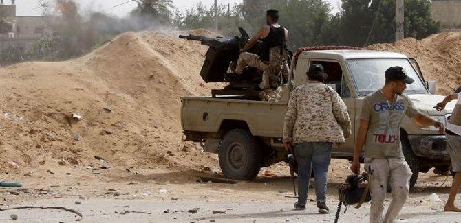 Libya ordusu askeri Üssü'ün kontrolünü sağladı
