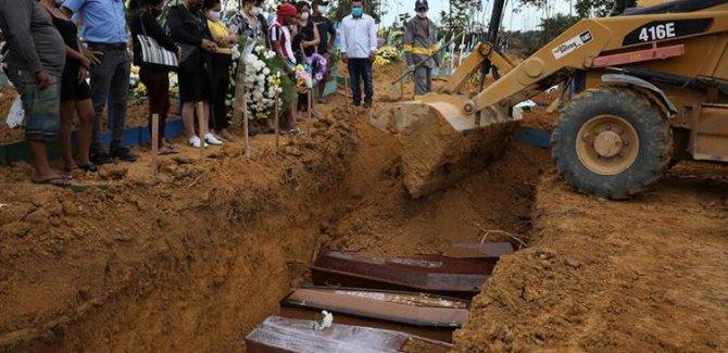 Brezilya'da Covid-19 ölümleri artıyor