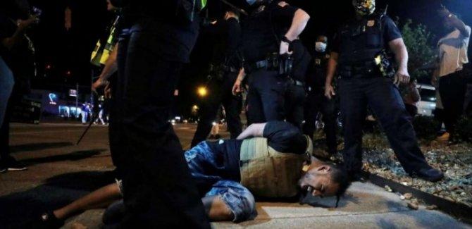 İsyan Büyüyor, Muhafızlar Minneapolis Kentine Girdi