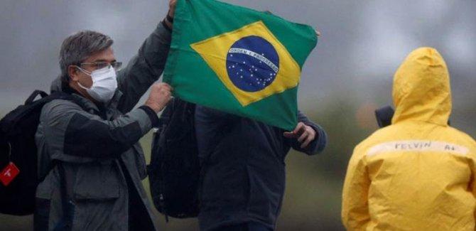 Brezilya'da Covid-19 kaynaklı can kaybı giderek artıyor