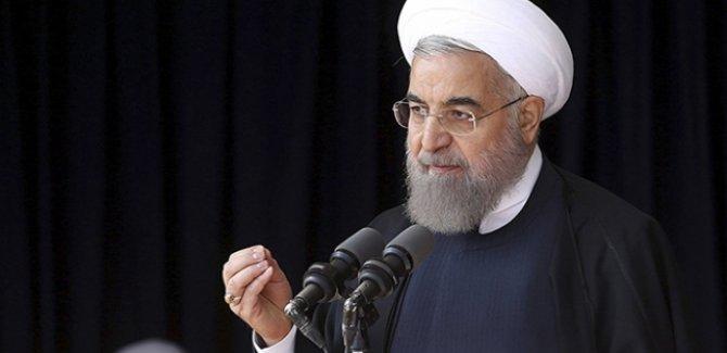 Ruhani'den ABD'deki göstericilere destek