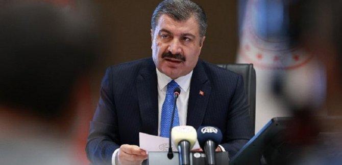 Sağlık Bakanı, koronadan ölenlerin yaş ortalamasını açıkladı