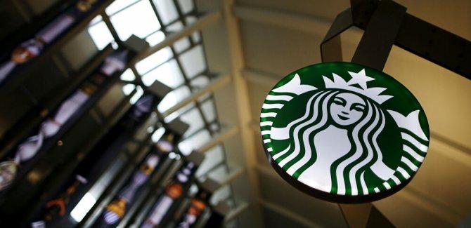 Çalışanlarına 'Siyahların Yaşamı Değerlidir' logolu giysileri yasaklayan Starbucks'a boykot çağrısı