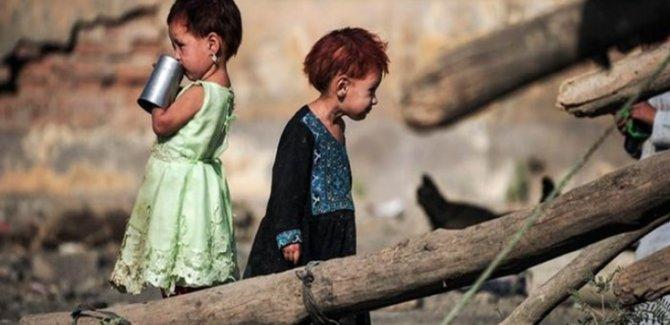 Afganistan'da 8 Milyondan Fazla Çocuk Yeterli Beslenemiyor