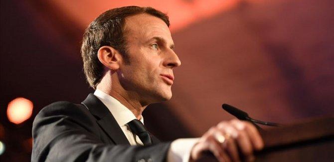 Macron: Türkiye Libya'da tehlikeli oyun oynuyor