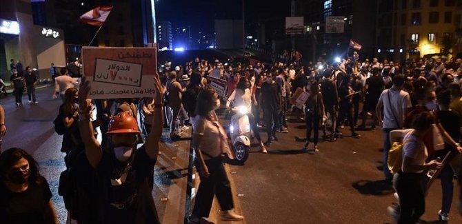 Lübnan'da ekonomik kriz karşıtı protestolar