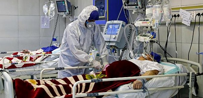 İran'da  son 24 saatte 125 kişi hayatını kaybetti