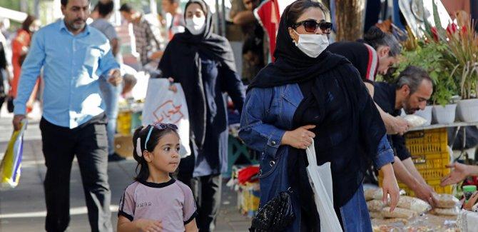 İran: Kovid-19 salgını 2-3 yıl daha sürebilir