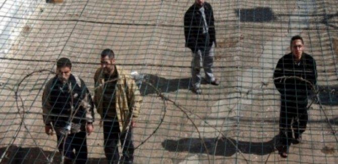 Hamas: Esirlerin Özgür Olacakları Gün Yakındır