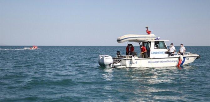 Van'daki tekne faciasında 2 kişinin daha cansız bedenine ulaşıldı