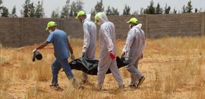 Libya'daki toplu mezarlardan 40 günde 225 cansız beden çıkarıldı
