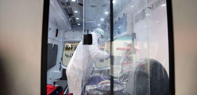 İran'da Covid-19 nedeniyle bir günde 199 kişi hayatını kaybetti