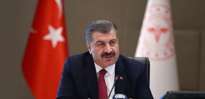 Türkiye'de vaka sayısı 215 bin 940'a yükseldi