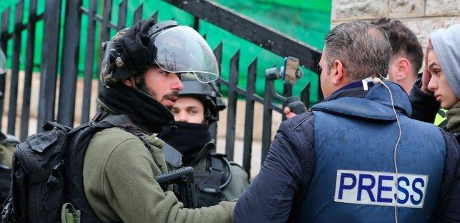 İsrail'den yılın ilk yarısında Filistinli gazetecilere yönelik 259 ihlal