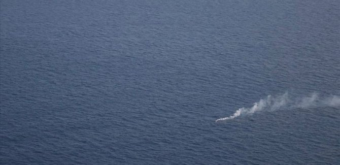 Akdeniz'de 95 göçmen 30 saati aşkın süredir kurtarılmayı bekliyor