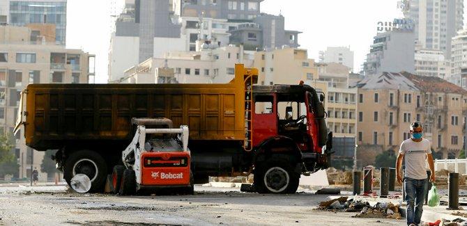Lübnan belirsizliğe sürükleniyor, gösterilerde yaralı sayısı 700'ü aştı