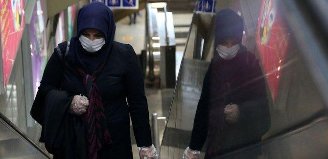 İran'da Covid-19 nedeniyle son 24 saatte 169 kişi hayatını kaybetti