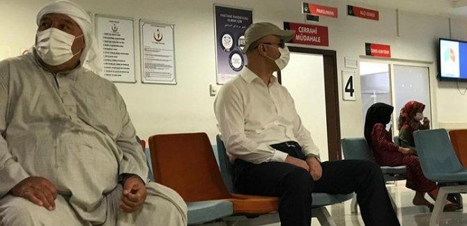 Şanlıurfa Valisi tebdili kıyafetle hastane denetledi