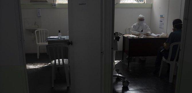 Dünya genelinde Covid-19 tespit edilen kişi sayısı 21 milyon 827 bini geçti