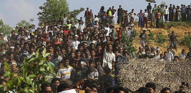 Uluslararası Af Örgütü: Arakanlılar çatışmalar nedeniyle çapraz ateş altında