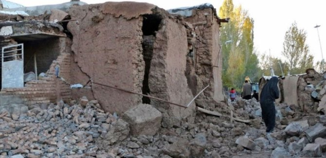 İran'da 5.1 şiddetinde deprem