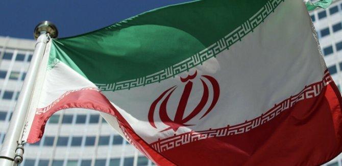 İran'dan Trump'a cevap: Yeni Maceralara Atılma