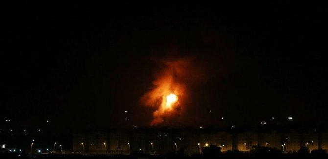 Korsan Rejim İsrail, Gazze'de Hamas'a ait noktaları vurdu