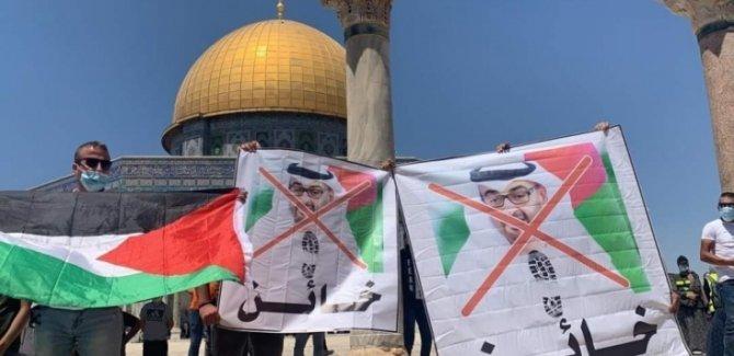 BAE ve Bahreyn'in İhanet Anlaşmasına Tepkiler Büyüyor