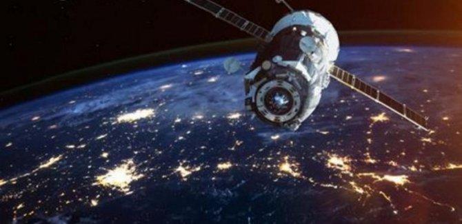 ABD: Rusya ve Çin uzayı silahlandırdı
