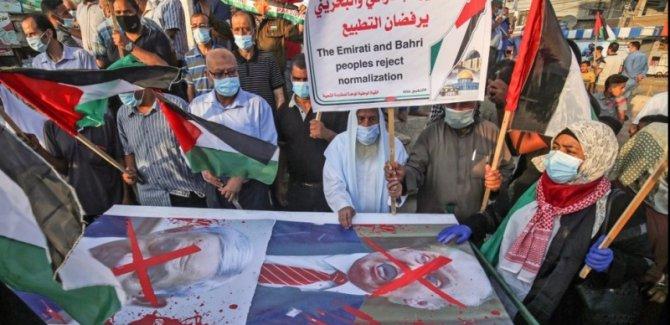Bahreyn'de Filistin'e destek yürüyüşü düzenleyenler bastırılıyor